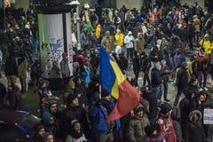 Protesta de Bucarest contra el gobierno Foto de archivo libre de regalías