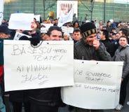 Protesta de Bucarest - cuadrado 12 de la universidad Foto de archivo libre de regalías