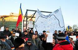 Protesta de Bucarest - cuadrado 2 de la universidad Fotos de archivo libres de regalías