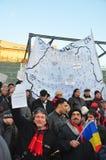 Protesta de Bucarest - cuadrado 3 de la universidad Fotos de archivo