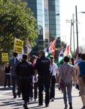 Protesta de Israel Palestenian de la policía Fotos de archivo
