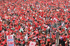 Protesta de la Rojo-Camisa en Bangkok Fotos de archivo