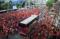 Protesta de la Rojo-Camisa en Bangkok central Fotografía de archivo libre de regalías