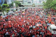 Protesta de la Rojo-Camisa en Bangkok central Imágenes de archivo libres de regalías