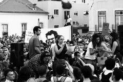Protesta de los millares fuera del parlamento Imagen de archivo libre de regalías