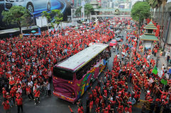 Protesta della Rosso-Camicia a Bangkok centrale Fotografia Stock Libera da Diritti