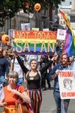 Protesta di Anti-Donald Trump a Londra centrale fotografia stock
