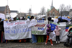 PROTESTA EFECTUADA SOMALIES CONTRA LEYES DANESAS DE LOS REFUGIADOS Imagen de archivo libre de regalías
