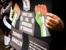 Protesta palestina contra judíos sionistas en Israel sobre la guerra en Palestina fotos de archivo libres de regalías