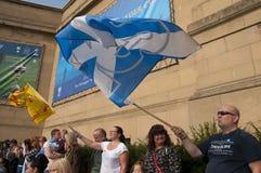 Protesta scozzese Perth Regno Unito 2014 del referendum della posta Immagini Stock