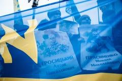 Protestacyjna akci ` przerwa Putin - Zatrzymuje Wojennego ` przy niezależność kwadratem w Kyiv Zdjęcie Royalty Free