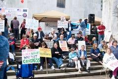 Protestadores do partido de chá em Salem, Oregon Imagens de Stock