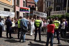 Protestadores no orgulho alegre em Riga 2008 Imagens de Stock Royalty Free