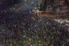 Protestas antis de la corrupción en Bucarest imágenes de archivo libres de regalías