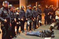 Protestas de la decisión de Ferguson en Oakland California Imagen de archivo libre de regalías