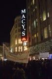 Protestas de la decisión de Ferguson en San Francisco Union Square Foto de archivo libre de regalías