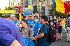 Protestas en Bucarest Rumania contra el gobierno corrupto - agosto/11/2018 foto de archivo libre de regalías
