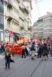 Protestataires bloquant le centre de la ville Images libres de droits
