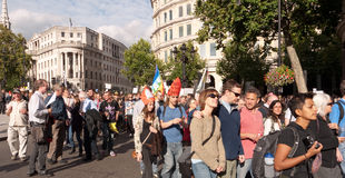 Protestataires mars contre Visit Londres du pape Images libres de droits