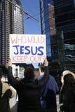 Protestatari a Dallas contro il divieto del rifugiato Fotografia Stock Libera da Diritti