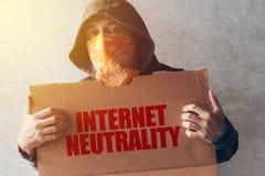 Protestation à capuchon SI de neutralité d'Internet de participation de protestateur d'activiste images libres de droits