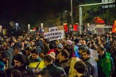 Protestation contre le coruption et le gouvernement roumain Photographie stock libre de droits
