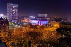 Protestation contre le coruption et le gouvernement roumain Photo libre de droits