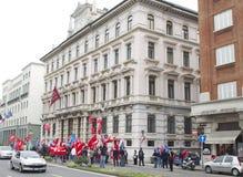 Protestation dans l'assurance de Trieste le 8 avril 2011 Generali Photographie stock libre de droits