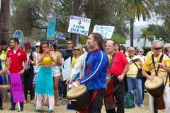 Protestation de flaque d'huile Images stock