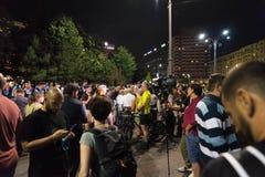 Protestation de Roumains devant le gouvernement Photos libres de droits