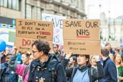 Protestation junior de médecins de milliers à Londres photo libre de droits