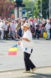 Protestation locale des disciples d'un programme local Antena 3 des actualités TV Images stock