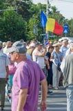 Protestation locale des disciples d'un programme local Antena 3 des actualités TV Photos stock