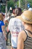 Protestation locale des disciples d'un programme local Antena 3 des actualités TV Photo libre de droits