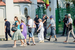 Protestation locale des disciples d'un programme local Antena 3 des actualités TV Photographie stock libre de droits