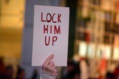 Protestation pour protéger Robert Mueller image libre de droits