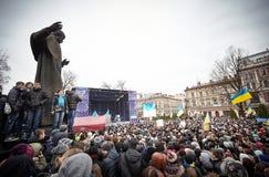 Protestation sur Euromaydan à Lviv image libre de droits