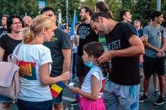Protestations à Bucarest Roumanie contre le gouvernement corrompu - août/11/2018 Photo stock