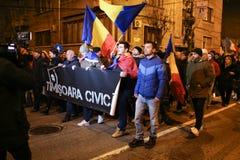 Protestations contre de nouvelles lois de justice dans Timisoara, Roumanie en janvier 2018 image stock