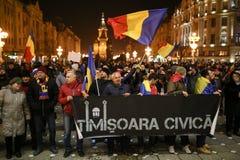 Protestations contre de nouvelles lois de justice dans Timisoara, Roumanie en janvier 2018 images stock
