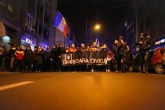 Protestations contre de nouvelles lois de justice dans Timisoara, Roumanie en janvier 2018 images libres de droits