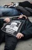 Protestations contre le pape à Paris Image libre de droits