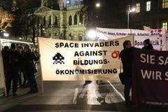 Protestations d'étudiant contre l'austérité Photos stock