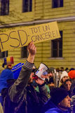 2017 - Protestations de Roumains contre le plan de pardon de prisonnier Brasov, Photos stock