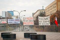 Protestations pendant le Jour de la Déclaration d'Indépendance polonais à Varsovie Photographie stock