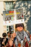 Protestberichten in Gaza: Houd de Slachtingsverzameling in Whitehall, Londen, het UK tegen stock foto