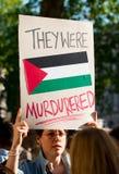 Protestberichten in Gaza: Houd de Slachtingsverzameling in Whitehall, Londen, het UK tegen stock fotografie