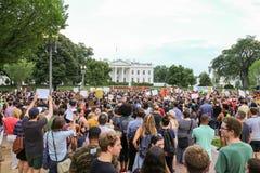 Proteste di CC dopo le fucilazioni polizia-implicate recenti Immagini Stock Libere da Diritti