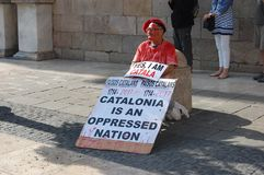 Proteste per Indipendence catalano Referendum della Catalogna: la gente che prostesting nelle vie di Barcellona Ottobre 2017 Fotografia Stock Libera da Diritti