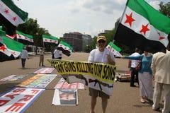 Protesteer Syrische Diaspora tegen de steun van Rusland van het regime van Assad Royalty-vrije Stock Foto